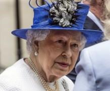 Королева Великобритании инвестировала в офшеры